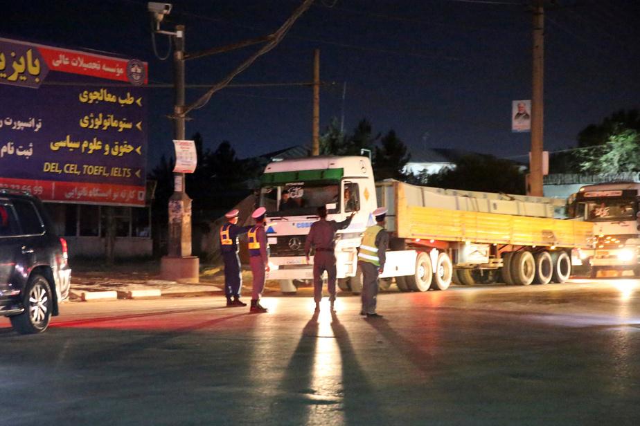 16 morts et plus de 100 blessés — Explosion à Kaboul