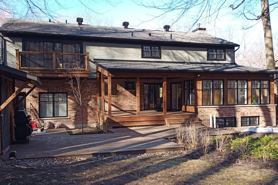 Jean-François Nadeau et Alexandra Pinsonnault ont acheté, en juillet2020, une propriété entièrement rénovée à Saint-Bruno-de-Montarville, pour 1165000$.