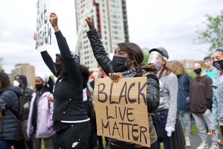 Manifestation antiracisme à Montréal)