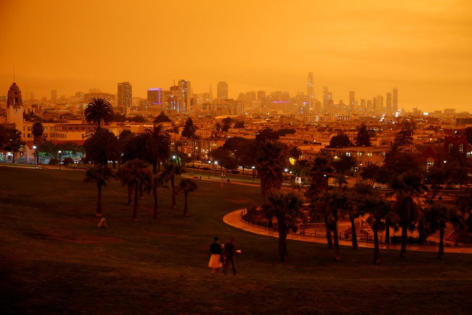 PHOTOS | Ciel d'apocalypse à San Francisco à cause d'incendies historiques