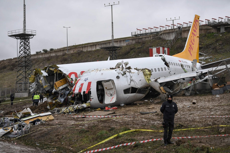 Accident D Avion A Istanbul Enquete Ouverte Contre Les Pilotes La Presse