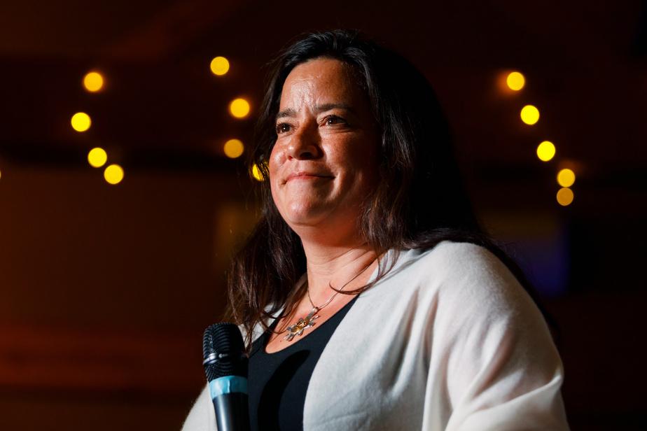 L'ex-libérale Jody Wilson Raybould élue comme indépendante