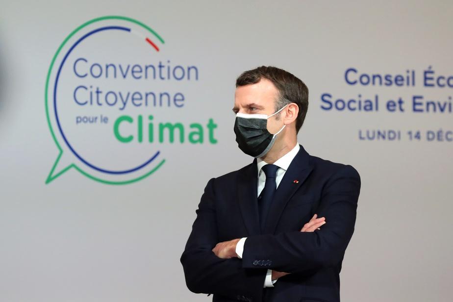 France : Macron annonce un référendum pour changer la constitution