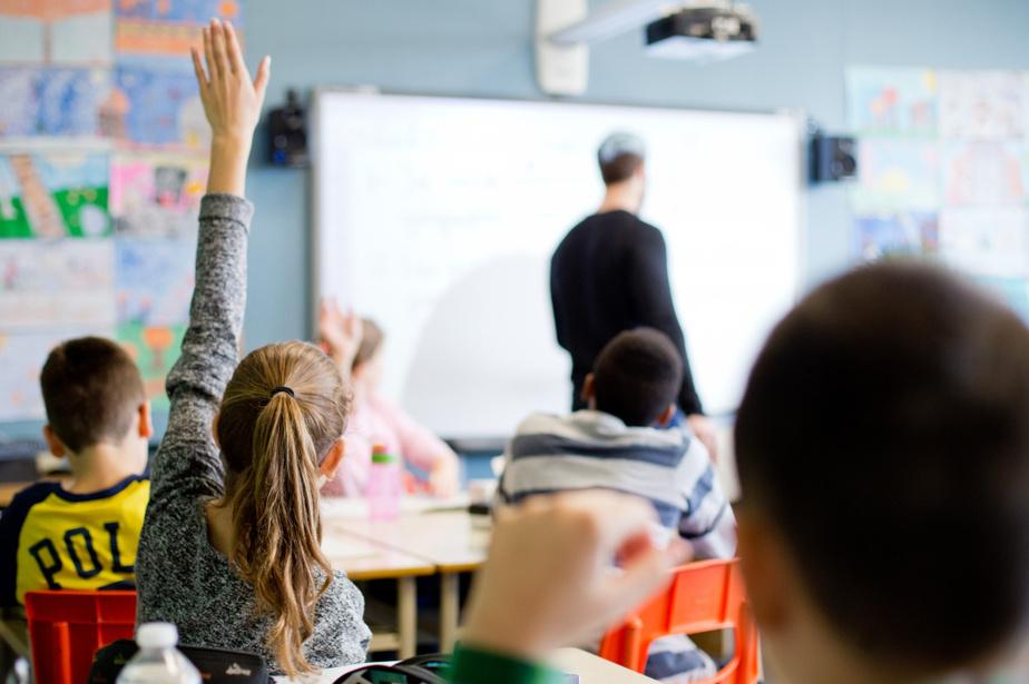 COVID-19 | Une «immense» goutte qui fait déborder le vase des enseignants