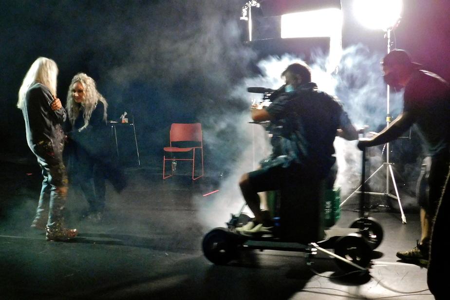 Armand Vaillancourt et Diane Dufresne sur le plateau de tournage
