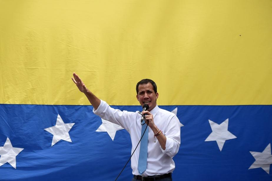 Paris dément la présence de Juan Guaido dans son ambassade à Caracas