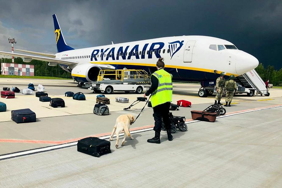 Le Bélarus intercepte un avion de Ryanair, « possibles sanctions » de l'UE