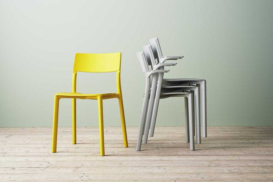 Les plus hardis oseront intégrer un élément de mobilier de couleur ensoleillée, que ce soit une chaise ou un fauteuil, dans leur décor. Ces chaises d'IKEA illustrent la complémentarité du gris neutre et du jaune éclatant.