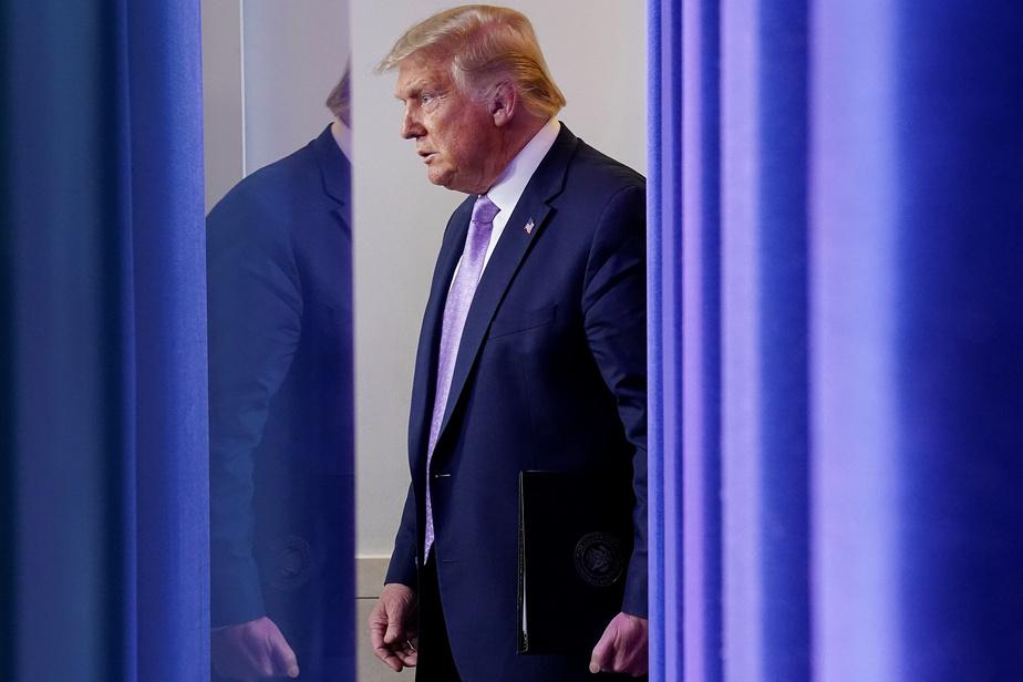 Donald Trump colporte une fausse conspiration sur Kamala Harris