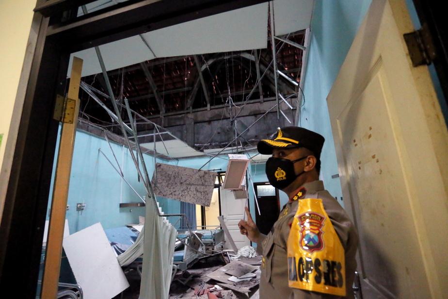 Indonésie Un séisme fait au moins six morts)