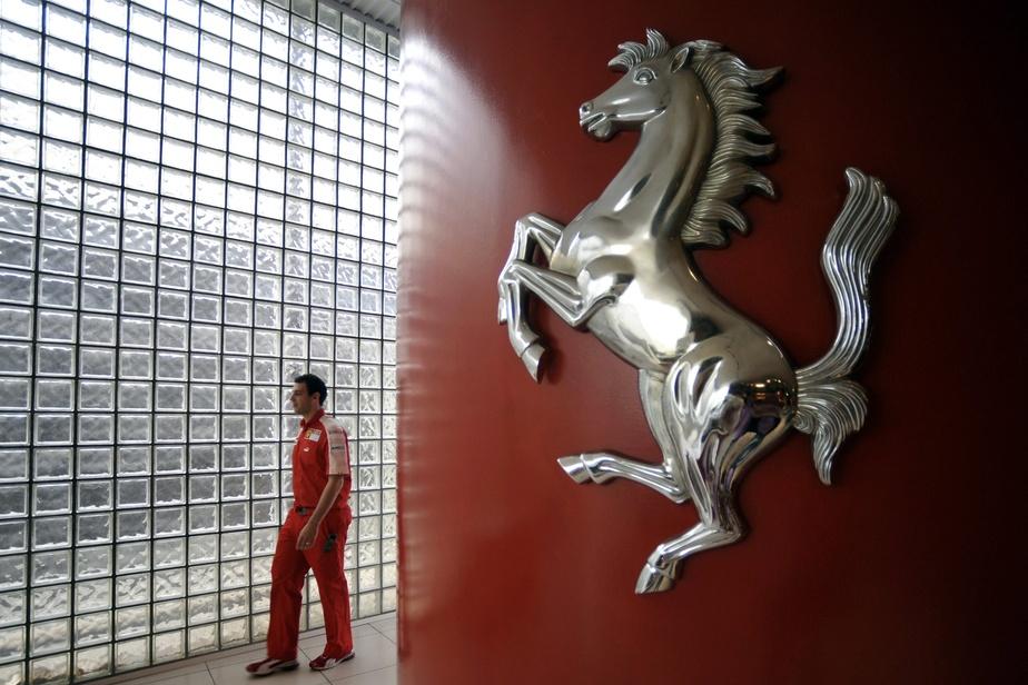 Italie : Ferrari ferme boutique et suspend les activités de Formule 1