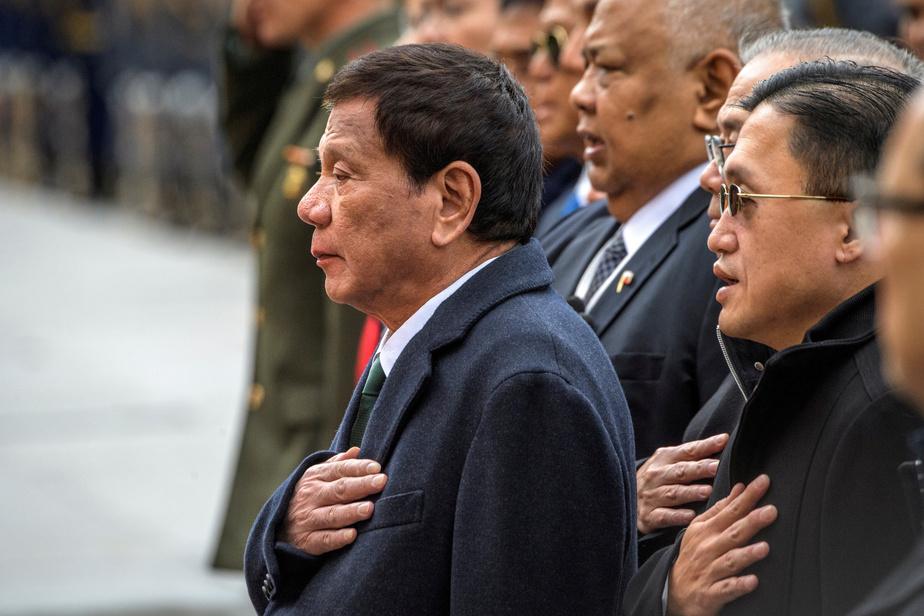 Philippines: le président Duterte révèle qu'il souffre de ...