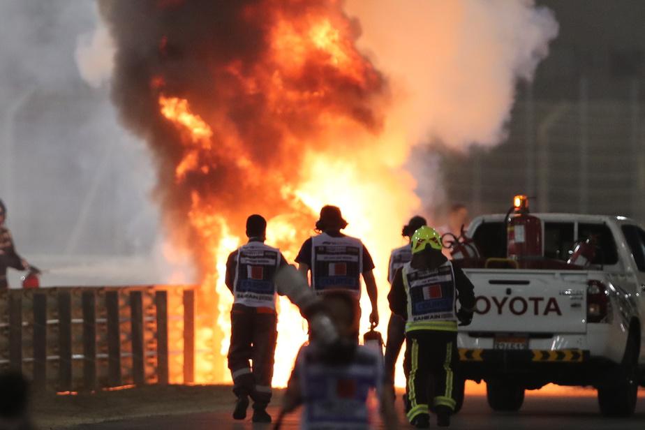 GP de Bahreïn Spectaculaire accident de Romain Grosjean, victime de brûlures légères)
