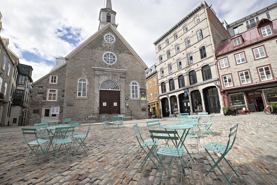 Le Vieux-Québec vide de touristes à cause de la COVID-19