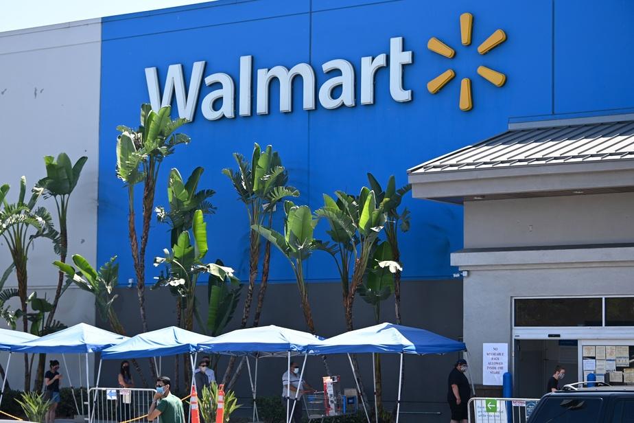 Walmart retire provisoirement les armes des rayons avant l'élection)