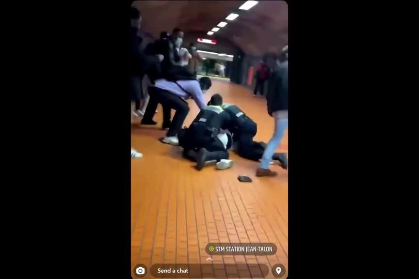 Montréal Enquête sur une arrestation musclée dans le métro