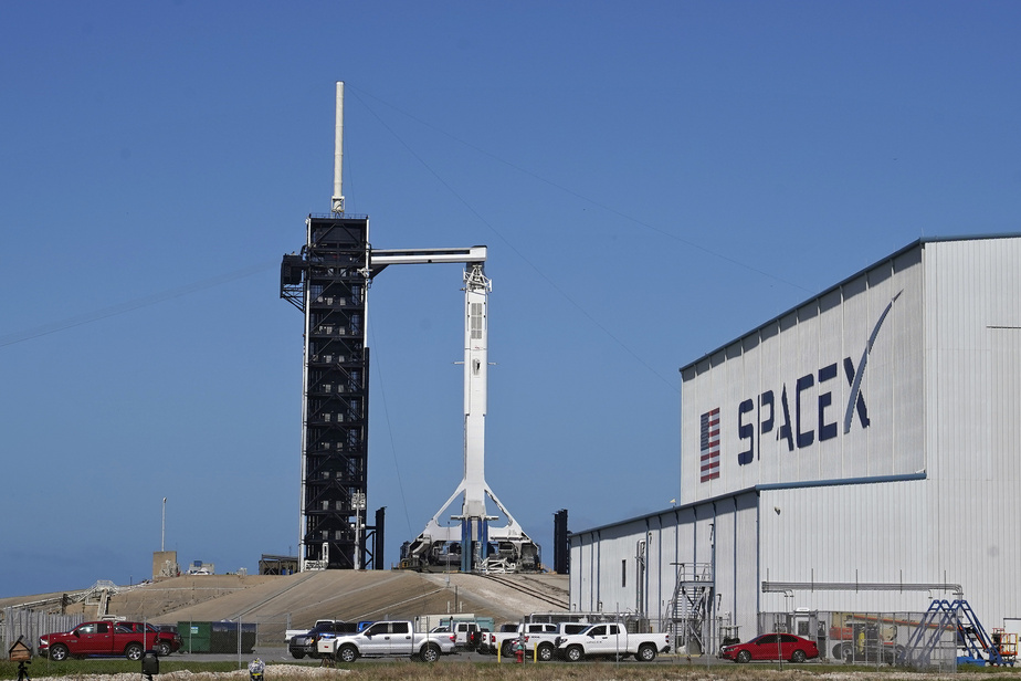 Quatre astronautes décolleront ce samedi vers la Station spatiale internationale — SpaceX