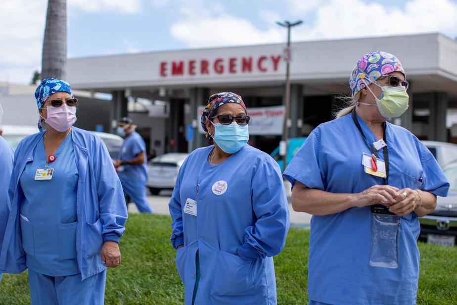 COVID-19: plus de 2000 morts en 24h aux États-Unis, une première depuis 3 mois)