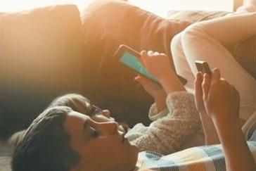 Pour un retour à la réalité À combien de temps d'écran sont exposés nos enfants?