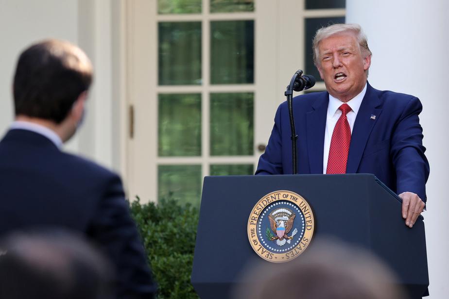 Trump, en campagne depuis la Maison-Blanche, s'en prend à Biden)