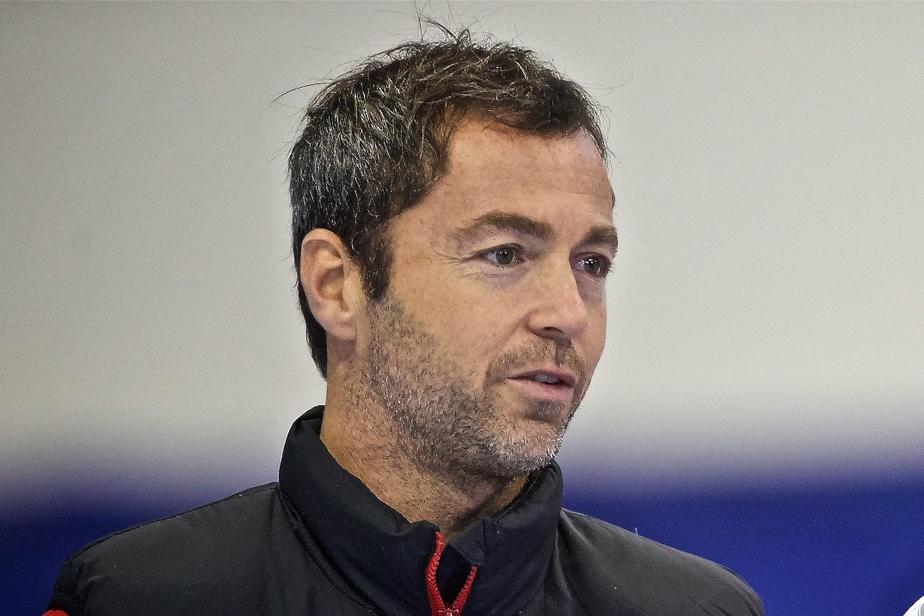 Patinage de vitesse Frédéric Blackburn n'est plus entraîneur de l'équipe féminine )