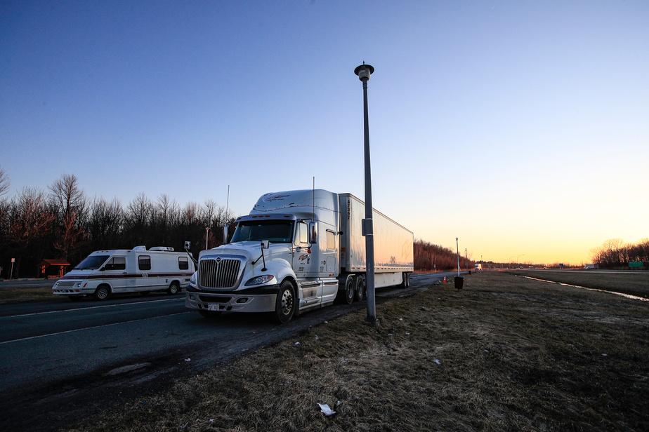 Les contrôleurs routiers dénoncent les comportements de certains camionneurs