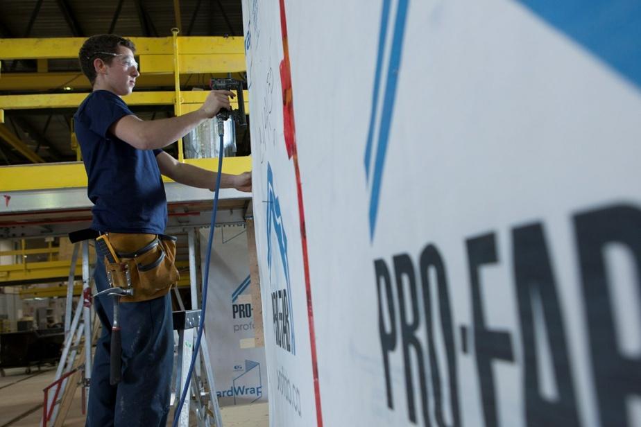 Bâtiments préfabriqués en usine Pro-Fab redevient québécois et voitgrand