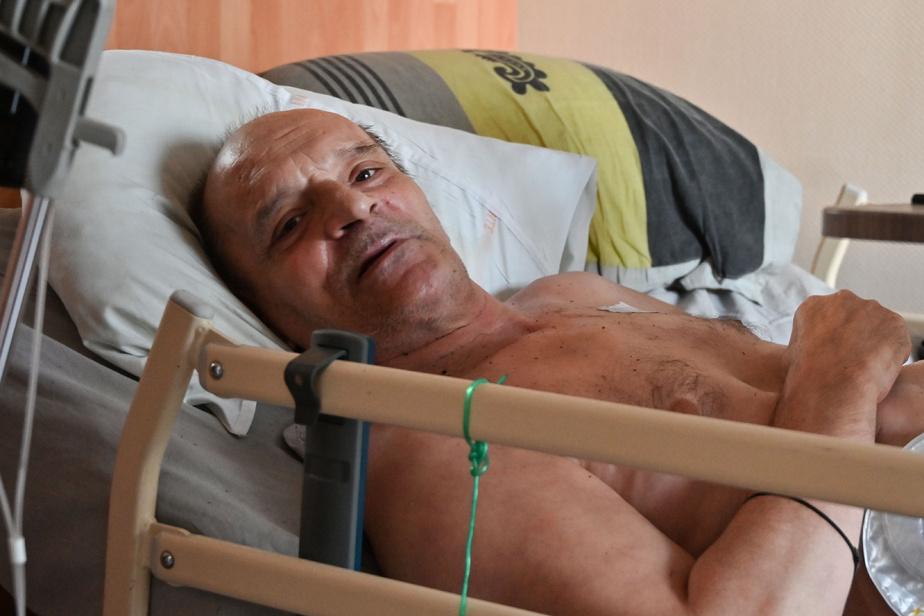 Alain Cocq hospitalisé après 4 jours sans traitement, sa mandataire proteste — Dijon