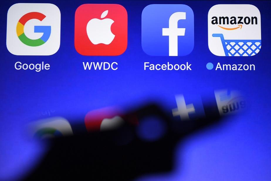 La France suspend la taxe numérique contre Apple et d'autres