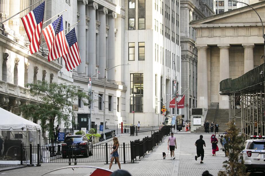 Wall Street rebondit, portée par les géants de la tech - Infos Reuters