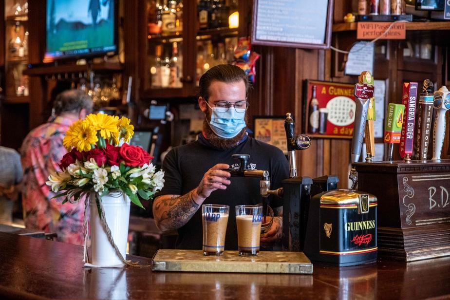 Covid-19 aux États-Unis: le Texas ordonne la fermeture de ses bars