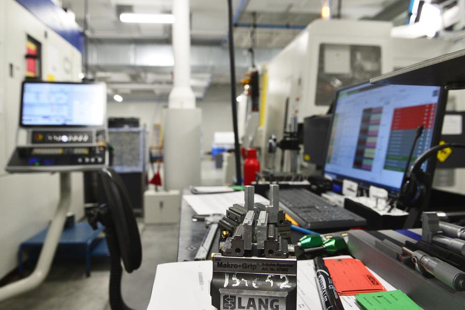 L'entreprise d'usinage et sa jeune pousse Liggo ont récemment reçu un prêt de 7,5millions de dollars d'Investissement Québec pour poursuivre l'automatisation de leurs procédés.