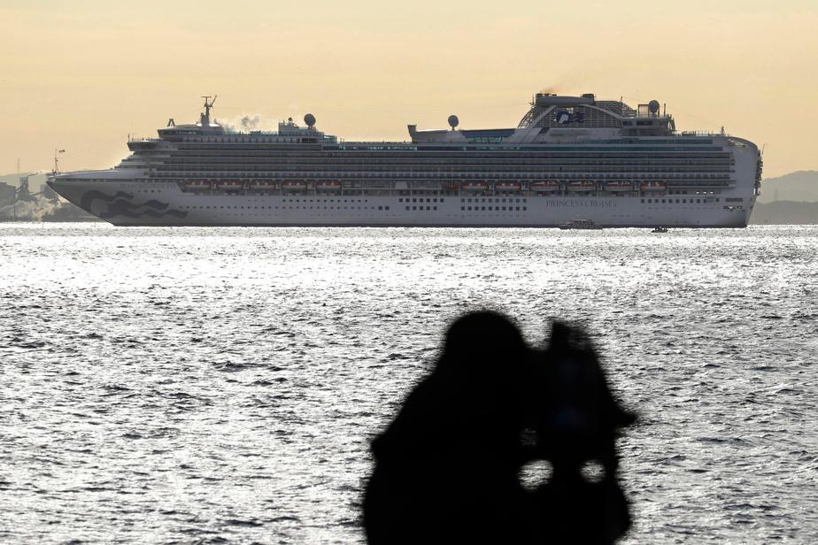 3700 personnes confinées à bord d'un bateau de croisière au Japon — Coronavirus