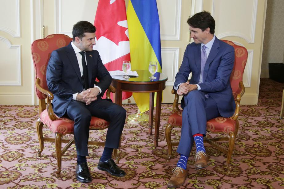 site de rencontre russe à Toronto est un âgé de 21 ans datant de 16 ans
