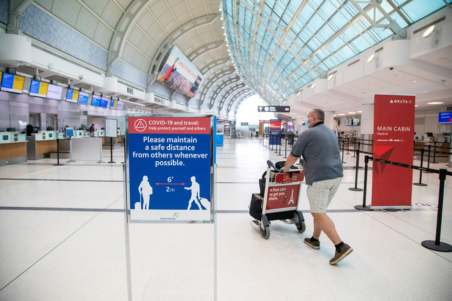 Les frontières du Canada resteront fermées jusqu'à la fin novembre