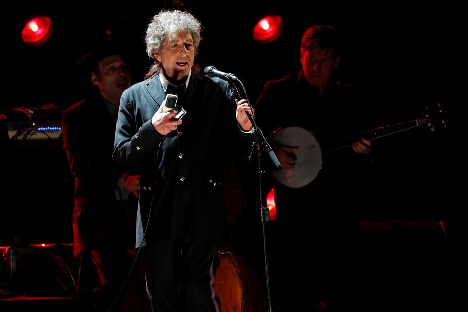 Bob Dylan sort une chanson de 17 minutes
