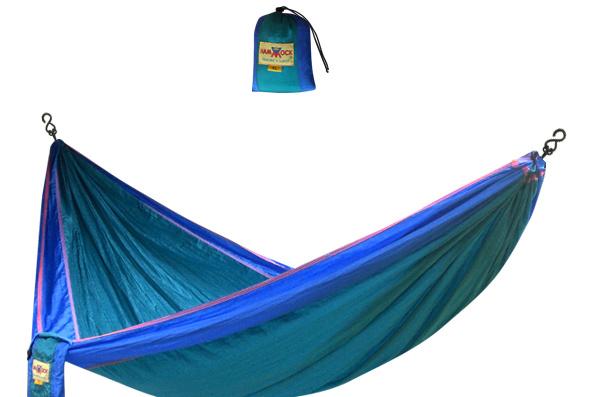 Hamac Nomad's Land Bali en toile de parachute, 94,95$, à La Maison du hamac