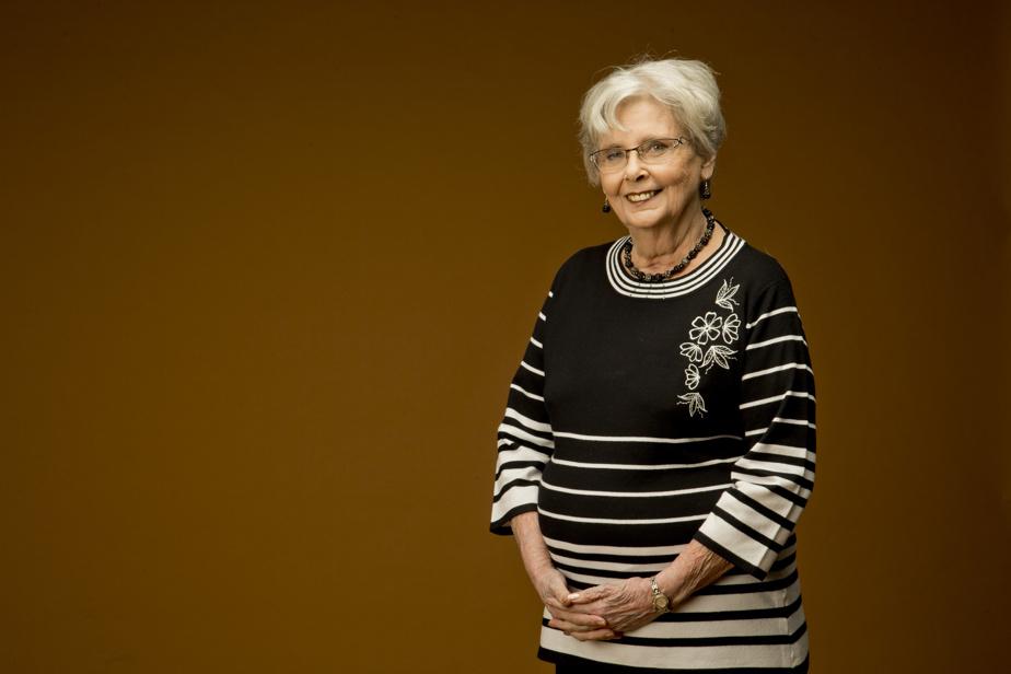 Andrée Champagne (6juin, 80ans) Comédienne et politicienne, elle fut Donalda dans Les belles histoires des pays d'en haut. Députée et ministre dans le gouvernement Mulroney. Sénatrice de 2005 à2014.