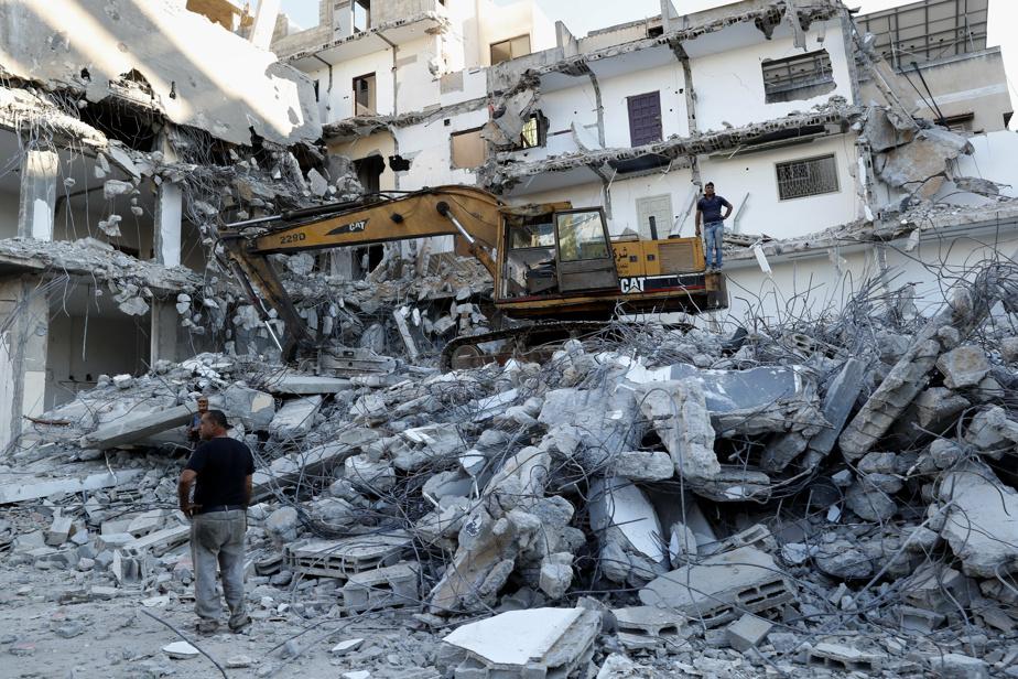 Nouvelles frappes aériennes d'Israël contre la bande de Gaza)