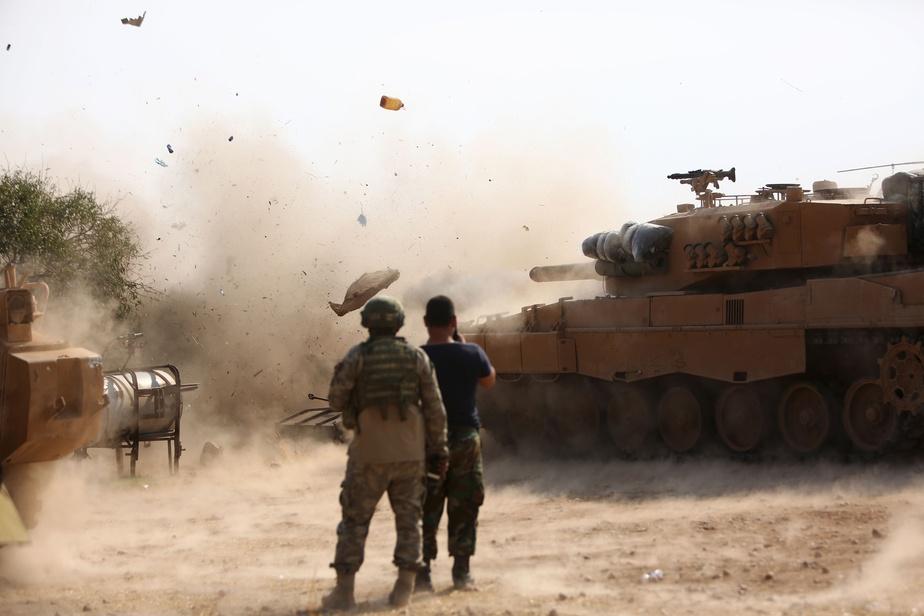 Les forces kurdes commencent à se retirer de la frontière syro-turque