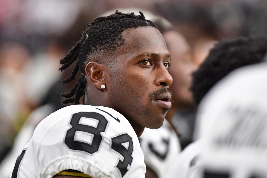 Antonio Brown a fini de bouder