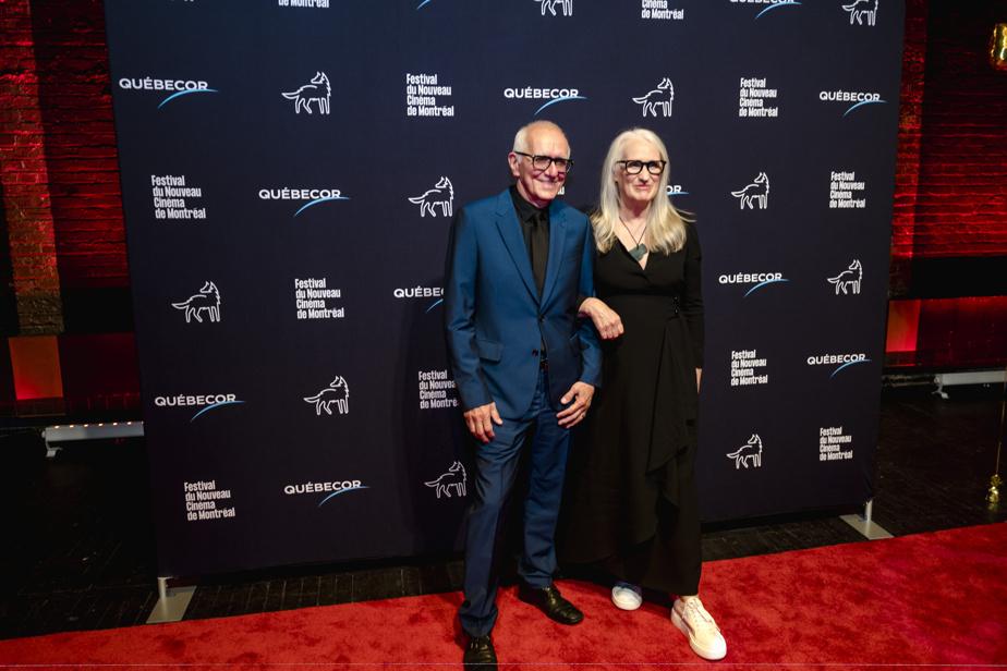 Roger Frappier et Jane Campion sur le tapis rouge, lors de la présentation du film The Power of the Dog