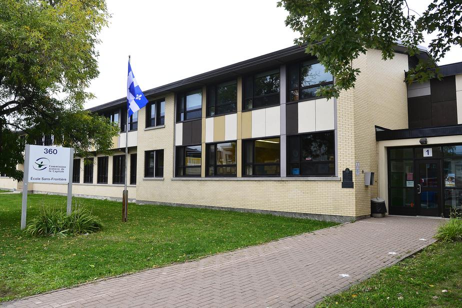 Des cas de COVID-19 dans 334 écoles du Québec
