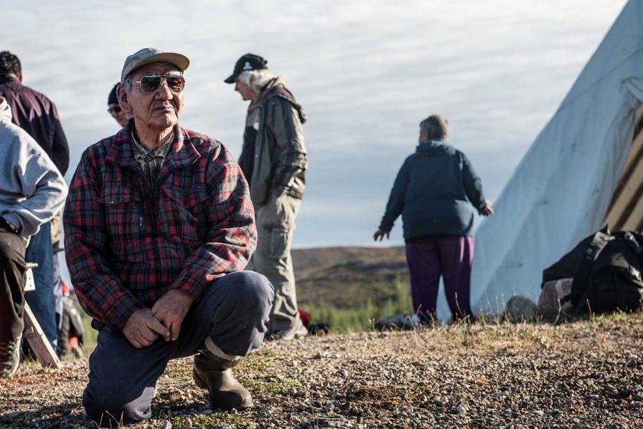 Le voyage proposé par l'agence Karavaniers compte un important volet culturel qui s'attarde à la vie quotidienne dans un campement autochtone.