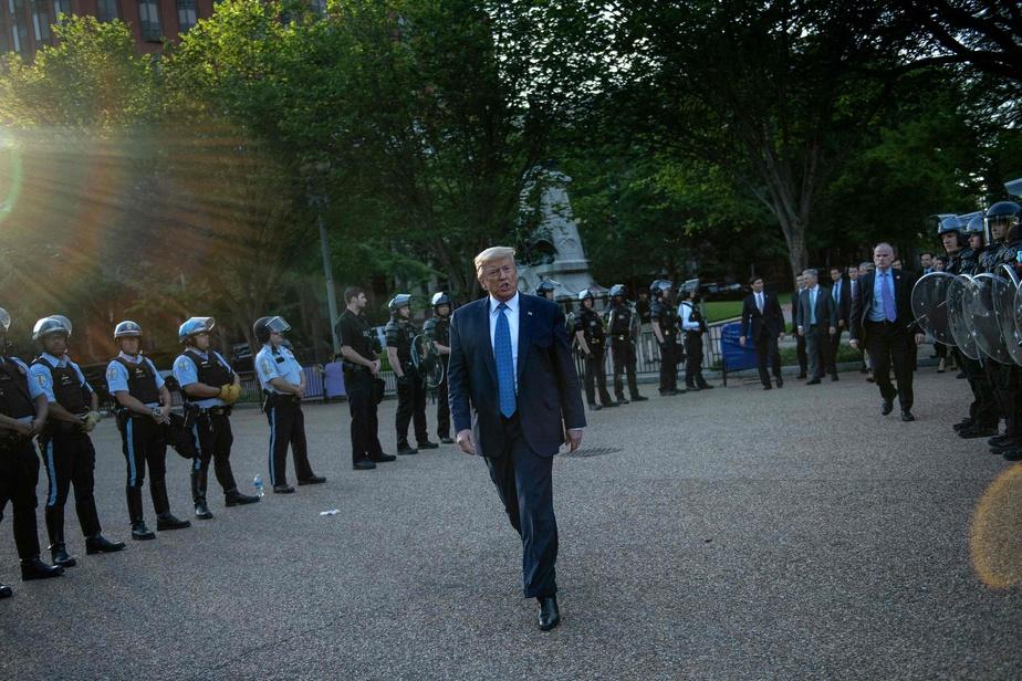Trump dit s'être rendu dans le bunker de la Maison-Blanche pour «une inspection»