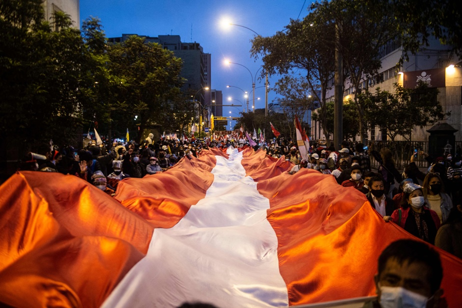 Pérou   «La démocratie ne tient qu'àunfil»