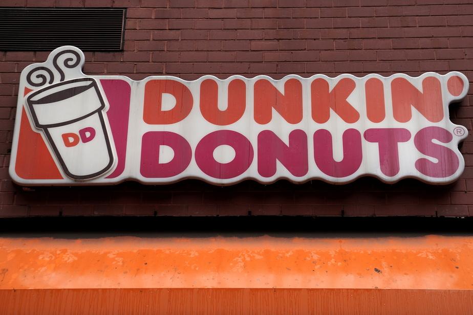 Dunkin'Brands rachetés 8,8 milliards par Inspire Brands)