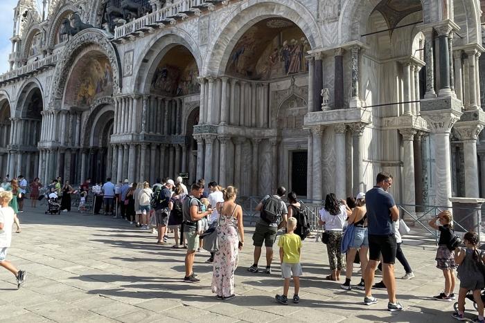 Venise au temps d'une modeste reprise