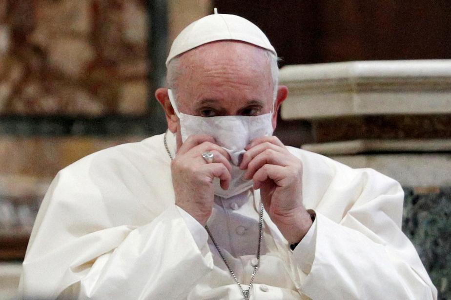 Le pape François vacciné au Vatican | La Presse