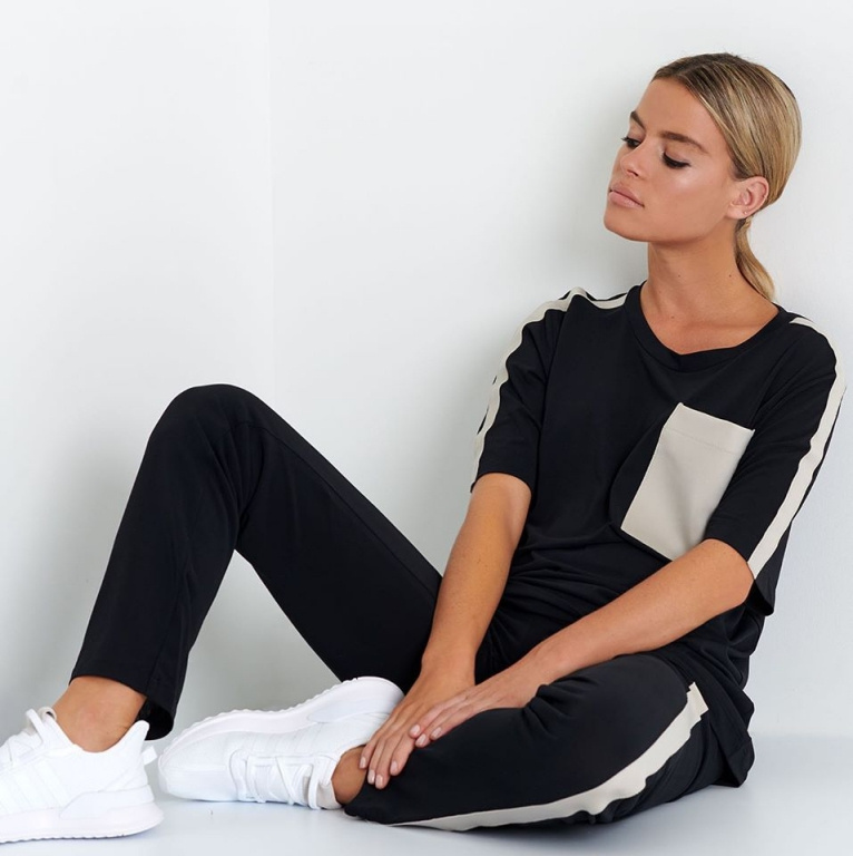 Le linge mou peut être bon marché, mais aussi haut de gamme. Par exemple, la marque québécoise Shan, connue pour ses maillots, a lancé une collection de vêtements d'intérieur chic récemment.